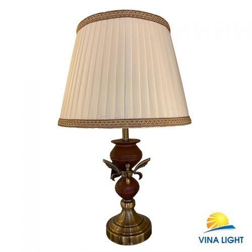 Đèn bàn thân gỗ đế mạ đồng VL-21196