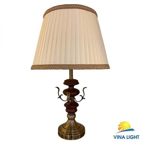 Đèn bàn thân gỗ đế mạ đồng VL-21212