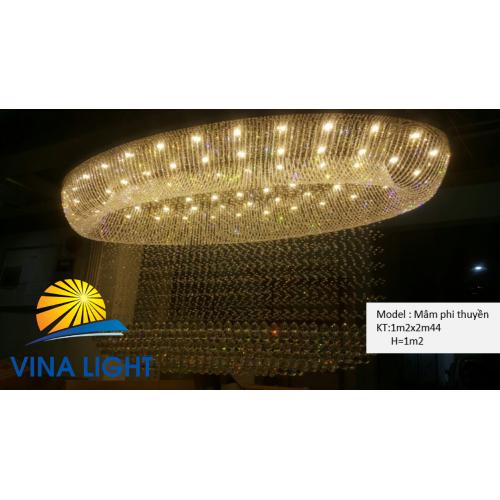 Đèn mâm Phi thuyền
